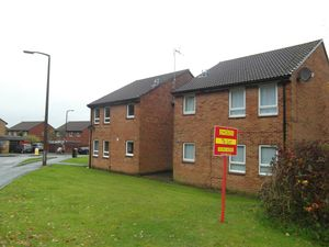 Apartment / Flat To Let in Cottesmore Green, Crawley