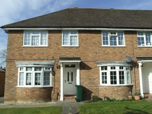 House To Let in Halland Close, Crawley