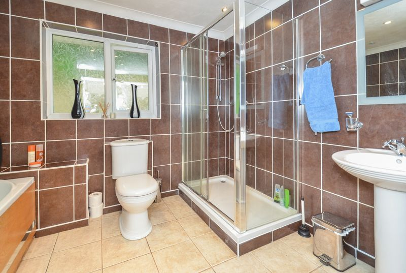 Family Bathroom- click for photo gallery