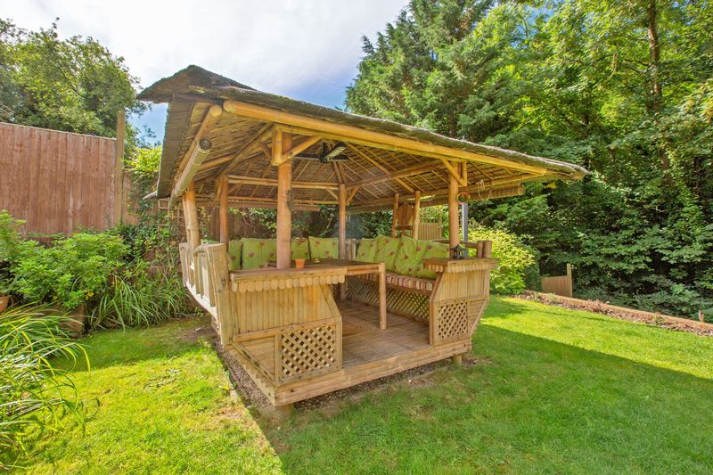 bamboo gazebo- click for photo gallery