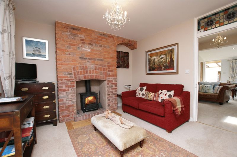 Sitting room- click for photo gallery