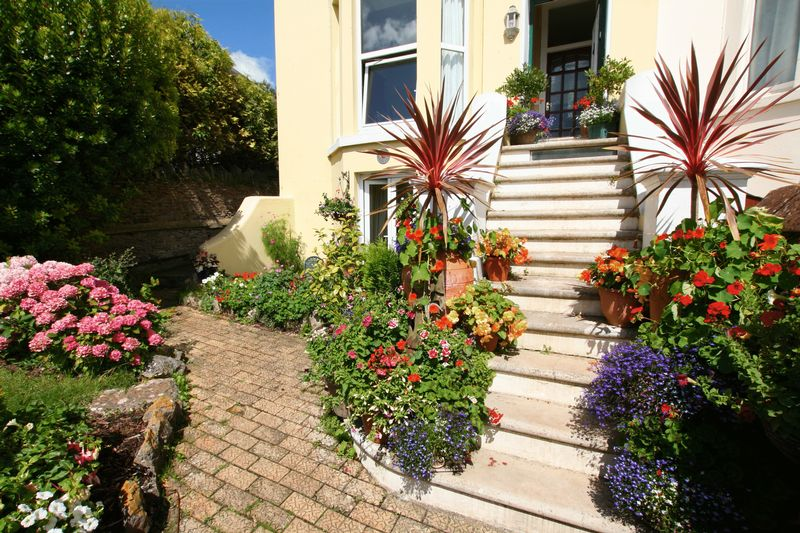 Front Steps - click for photo gallery