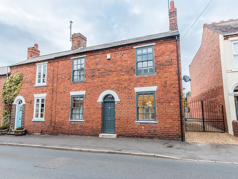 Property for sale in 94 Brook Street, Stourbridge