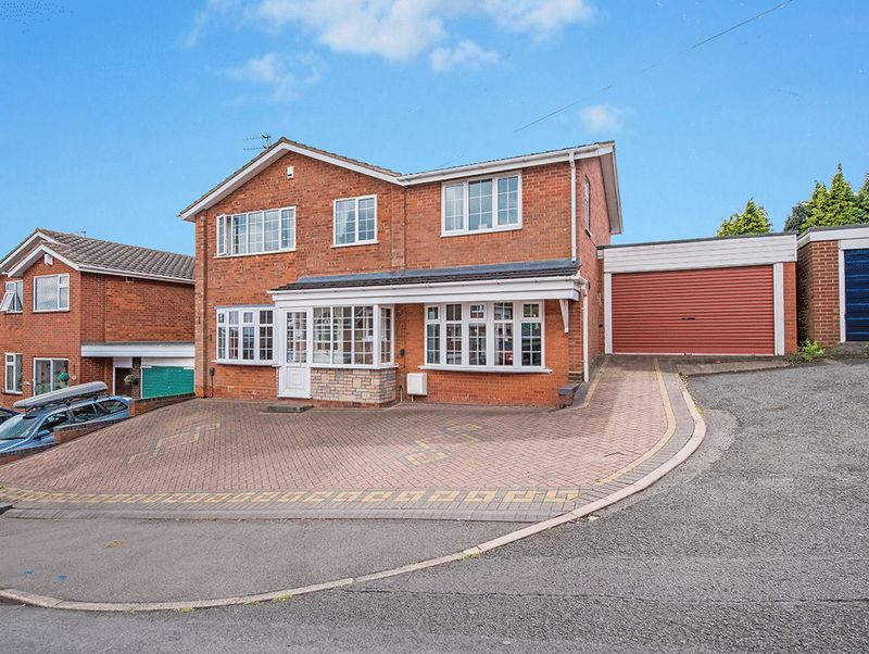Property for sale in The Rise, Kingswinford