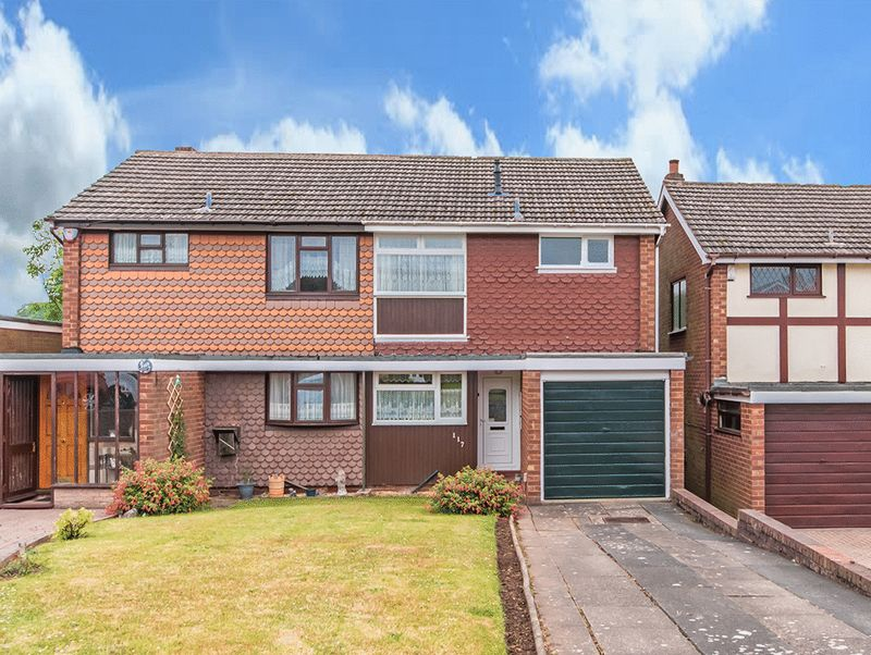 Property for sale in Elmwood Road, Wordsley
