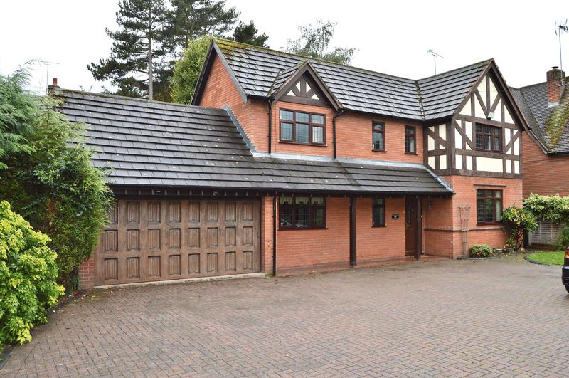 Property for sale in Cot Lane, Kingswinford