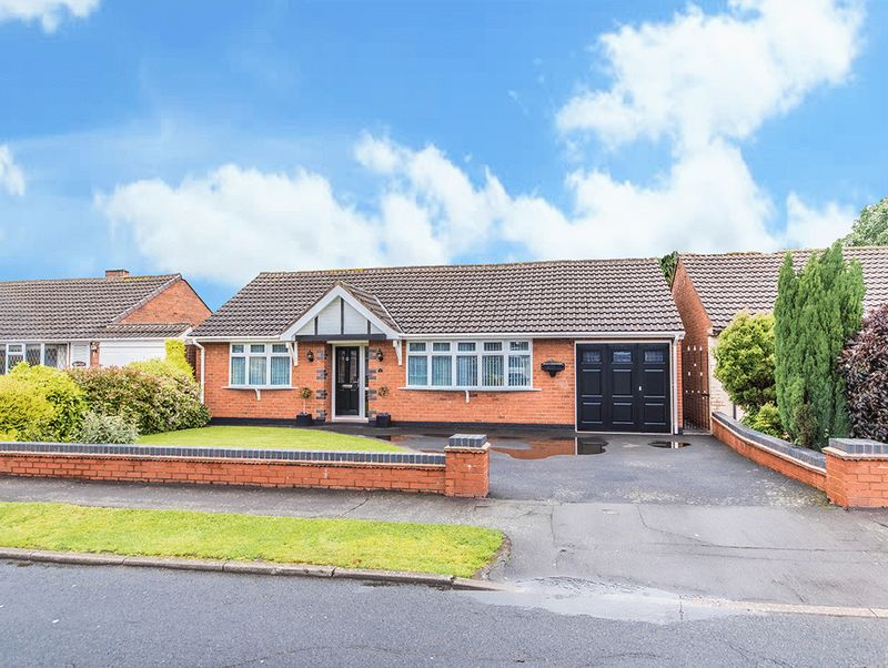 Property for sale in Beachwood Avenue, Wall Heath