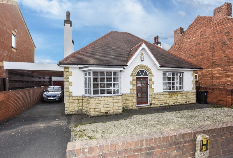 Property for sale in Tansey Green Road, Pensnett