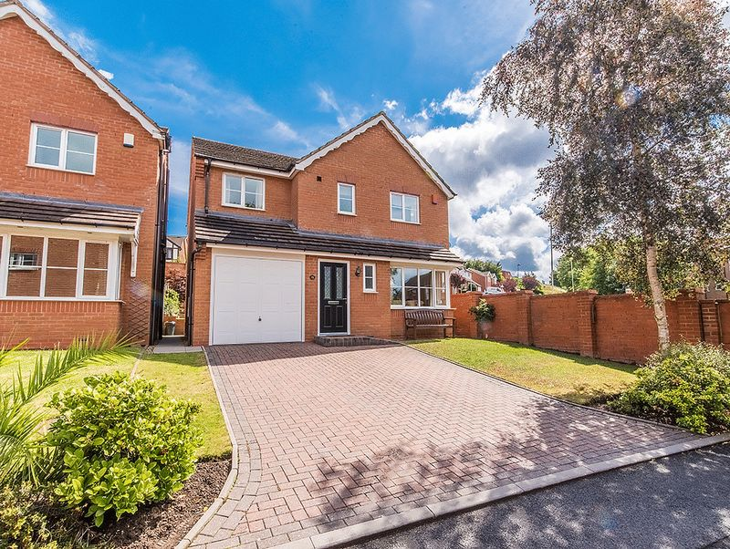 Property for sale in Lowe Drive, Kingswinford